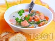 Рецепта Рибена чорба със сьомга филе и глава, картофи и зеленчуци